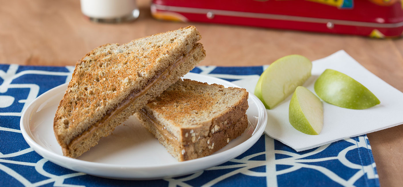 Spicy Peanut Butter and Cinnamon Honey Sammie Recipe Image